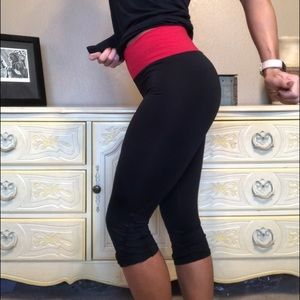 Bebe Sport Red & Black Crop Leggings